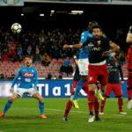 Napoli-Genoa 1-0: Albiol spinge i partenopei a -2 dalla Juve