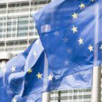 L'Italia si scopre euroscettica: il 44% voterebbe per uscire dalla Ue, il dato più basso di tutta Europa