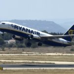 Ryanair, firmato contratto assistenti di volo