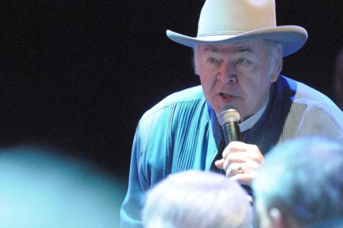 Addio a Roy Clark, star del country
