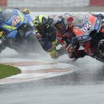 Diluvio in pista a Valencia, gara sospesa