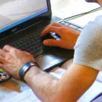 Internet: ricerca Comscore, italiani spendono online il 52% del loro tempo