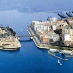 Taranto dice no alla plastica: dall'1 gennaio bicchieri e stoviglie vietati negli uffici comunali