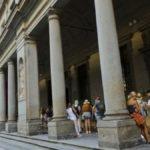 Firenze, colto da malore agli Uffizi davanti alla Venere di Botticelli: salvato da quattro medici