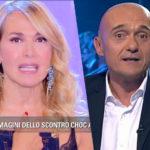 """Alfonso Signorini critica Barbara d'Urso poi ammette: """"Stende molte colleghe"""" – ecco cosa non gli piace"""