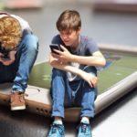Inquinamento elettromagnetico, guida all'uso corretto di smartphone e tablet