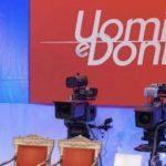Uomini e Donne: un protagonista lancia gravi accuse alla redazione