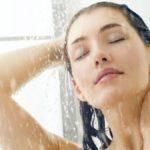 Doccia o bagno? Come lavare viso e corpo senza sbagliare