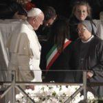 La Via Crucis con il Papa, quest'anno dedicata a migranti e prostitute