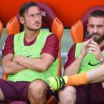 Calcio: Totti a De Rossi, 'torneremo grandi insieme'