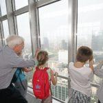 Nonni pilastro delle vacanze per un italiano su due