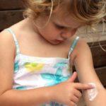 Dermatite atopica: estate da incubo per milioni di italiani alle prese con il prurito