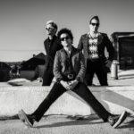 Ascoltare rock alla guida è pericoloso: le canzoni più rischiose