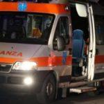 Palermo, auto esce fuori strada e prende fuoco: morti due ragazzi, tre feriti gravi