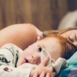 """Il 30% bimbi con meno di 3 anni ha disturbi del sonno. I pediatri: """"Non sottovalutarli"""""""