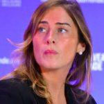 Maria Elena Boschi fa innamorare un attore di film per adulti che le fa un appello