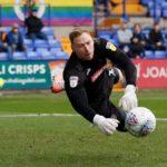 Inghilterra: insulti omofobi al portiere durante un match di League One, tifoso arrestato