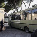 Coronavirus, finita la quarantena: 19 italiani usciti dalla Cecchignola