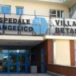 Napoli, medici fanno nascere il  bimbo, ma la madre muore,indaga la Procura