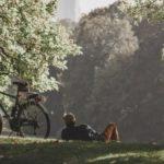 La bici fa bene al cuore e non solo: i consigli per pedalare in sicurezza