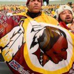 Nfl, mai più Redskins: Washington cambia nome e logo per le accuse di razzismo