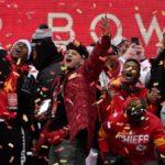 Nfl, il contratto più ricco della storia: Mahomes firma per altri 10 anni coi Chiefs