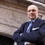 """Vaccino Covid, Ricciardi: """"2-3 milioni di dosi per l'Italia se dati Oxford ok"""""""