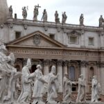 """Vaticano, legale famiglia Becciu: """"Due denunce per calunnia e diffamazione aggravata"""""""